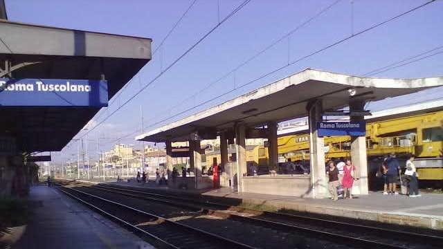 Stazione treni Tuscolana
