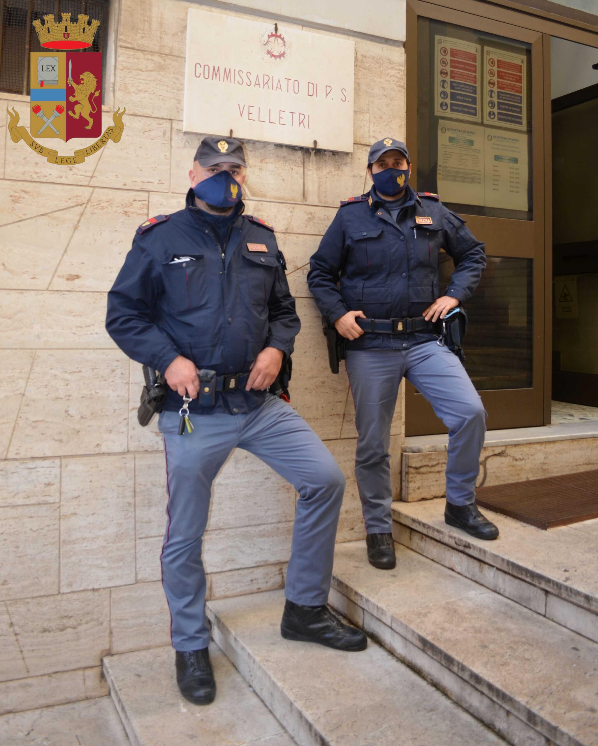 Bel gesto dei poliziotti