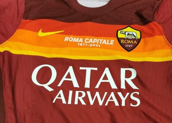 La Roma indosserà una maglia speciale