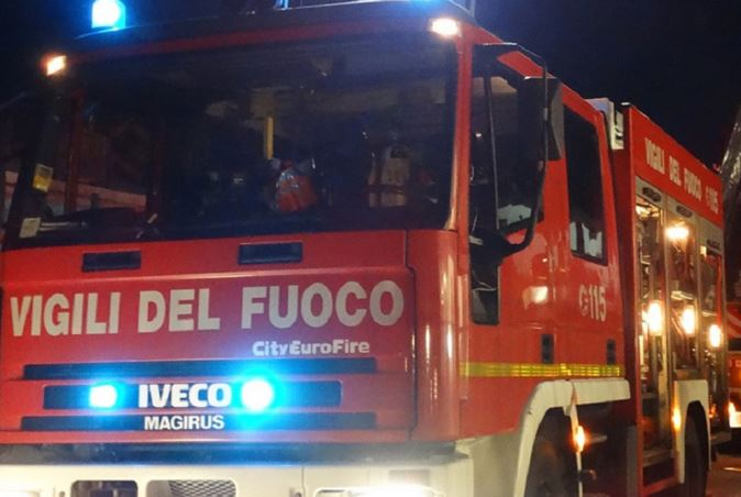 Laurentino - Brutto Incendio In Un Appartamento